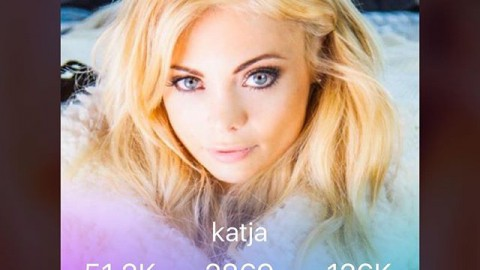 Follow me on @streamliveme 'katja' so we can